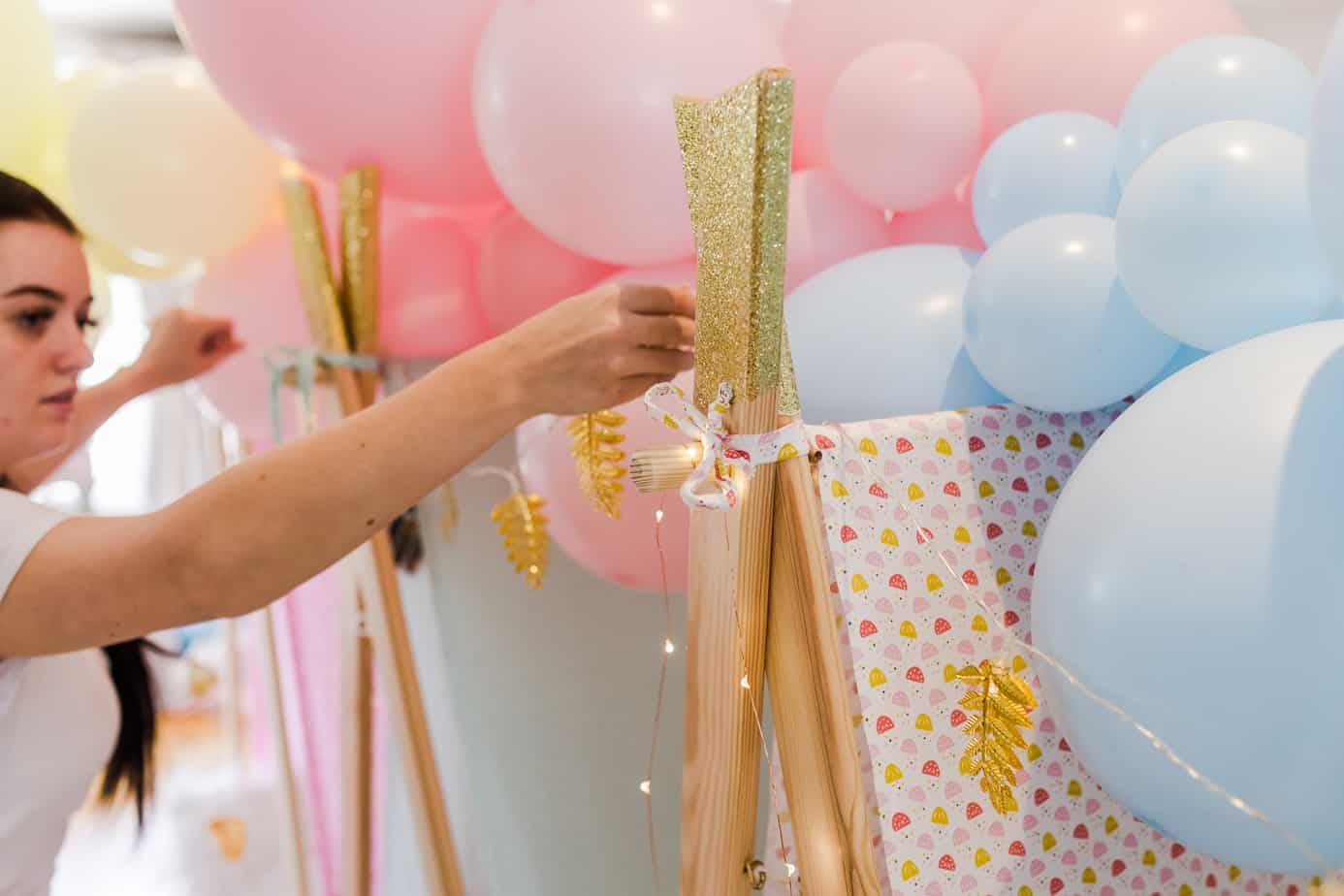 pastel balloon garland from MuddyBoots